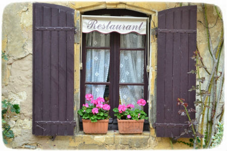 Windows of the Dordogne